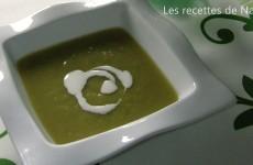 Soupe d'asperges blanches et vertes