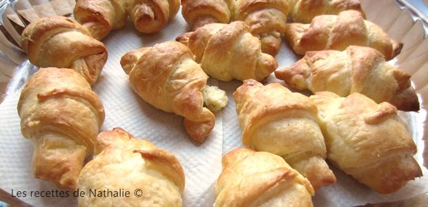 Mini-croissants au saumon et Boursin