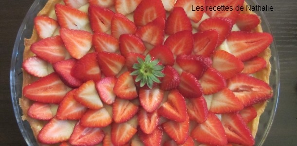 les recettes de nathalie tarte aux fraises avec cr me p tissi re. Black Bedroom Furniture Sets. Home Design Ideas