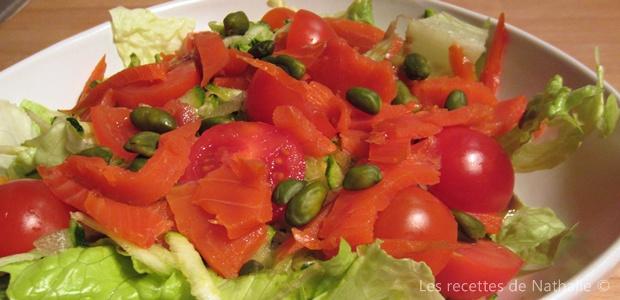 Salade au saumon fumé et pistaches