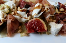 Salade Figues, speck et burrata